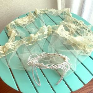 Vintage Wedding Veil With Pearl Crown